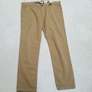 Timberland  Classic Khakis  Slim Fit  Pants